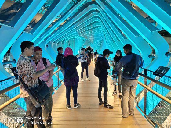 Hasil Foto Low Light Photography JPO Bunderan Senayan (1)